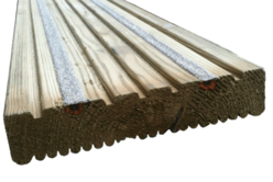 Anti-Slip Decking Board - 26mmx141mm