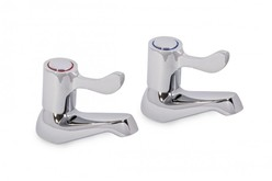 PAIR Westflow lever action Bath Taps