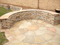 Golden Fossil Sandstone Paving Circle Square Off Kit 2.7M